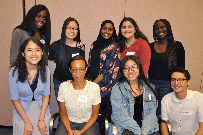 LEAH Knox Scholars Program celebrates fourth summer with kick-off event